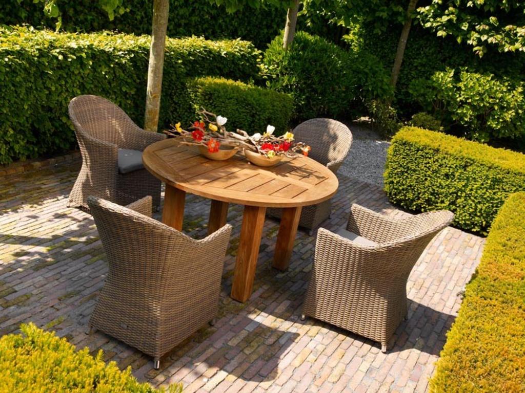 tuingerei life outdoor living elias dining set serie ii lichtbruin oud teak van life outdoor. Black Bedroom Furniture Sets. Home Design Ideas